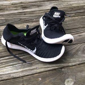 NIKE FREE knit running shoes